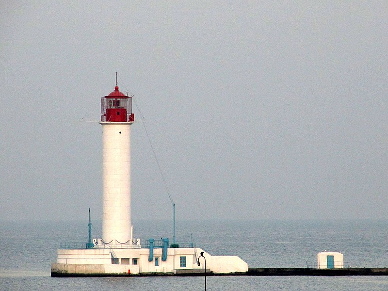 File:Vorontsov lighthouse.jpg