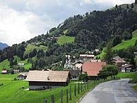 Vu sur le sorti du village de Cerniat.jpg