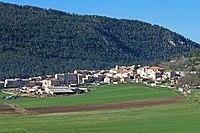 Vue sur le village de Caille en venant d'Andon.JPG