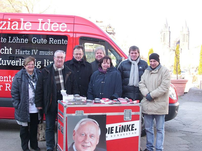 Datei:Wahlkampf 2012 DIE LINKE, Dillingen.jpg