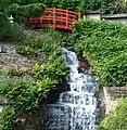 Wasserfall im Japangarten - panoramio.jpg