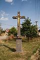 Wayside cross in Pucov, Třebíč District.JPG