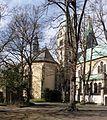 Werl, alte und neue Wallfahrtskirche, beide Gebäude sind denkmalgeschützt.JPG