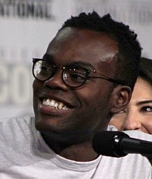 William Jackson Harper at the 2018 Comic-Con International (42913092745) (cropped).jpg