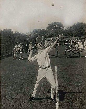 Bill Johnston (tennis) - William M. Johnston at serve