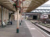 Workington railway station 2005 ET.jpg