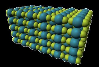 Xenon difluoride - Image: Xenon difluoride xtal 3D vd W