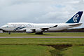 ZK-NBT 'Kaikoura' Boeing 747-419 Air New Zealand (8730445975).jpg