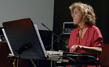 English: Zeena Parkins performing at the Music...