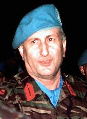 Çevik Bir - Çevik Bir in 1993