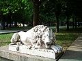 """Один из львов в """"Парке пенсионеров"""", изначально они находились возле """"дома Аркаса"""" - panoramio.jpg"""