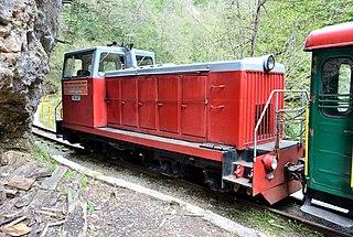 TU8 diesel locomotive
