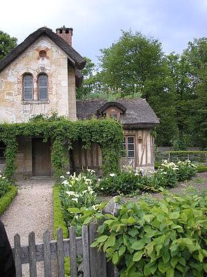 """Hameau de la Reine - A """"cottage garden"""""""