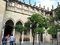 036 Generalitat de Catalunya, pati dels Tarongers, llotja.JPG