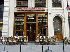 La Taverne Caf Ef Bf Bd Bar Restaurant Aux Tendances Italiennes Paris  Ef Bf Bdme