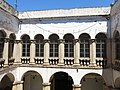 076 Can Guineu, c. Hospital 22 (Sant Sadurní d'Anoia), galeria superior del pati.jpg
