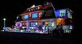 13-12-16 Christmas house decoration.jpg