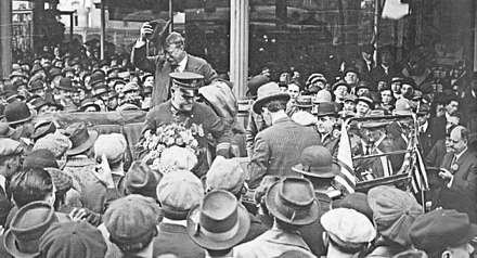 Roosevelt in Pennsylvania on October 26, 1914 1914 - Theodore Roosevelt in Center Square.jpg