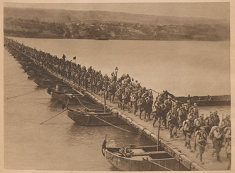 Flămânda Offensive - Romanian infantry crossing the Danube at Flămânda/Ryahovo