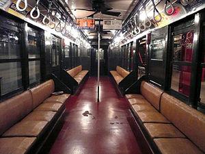 Standard Lo-V (New York City Subway car) - Image: 1917 IRT lo v interior