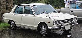 1968-1969 Nissan Skyline Sedan 1500 Family Deluxe.jpg