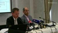 File:20-06-2011 Janez Janša in Franci Matoz novinarska konferenca.webm