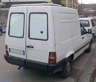 Fiat Fiorino - 2000 Fiat Fiorino rear