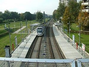 Dorp RandstadRail station - Image: 2008 Station Dorp Perron 5