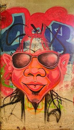 2014-03-01 10-42-40 graffiti-usine-zvereff.jpg