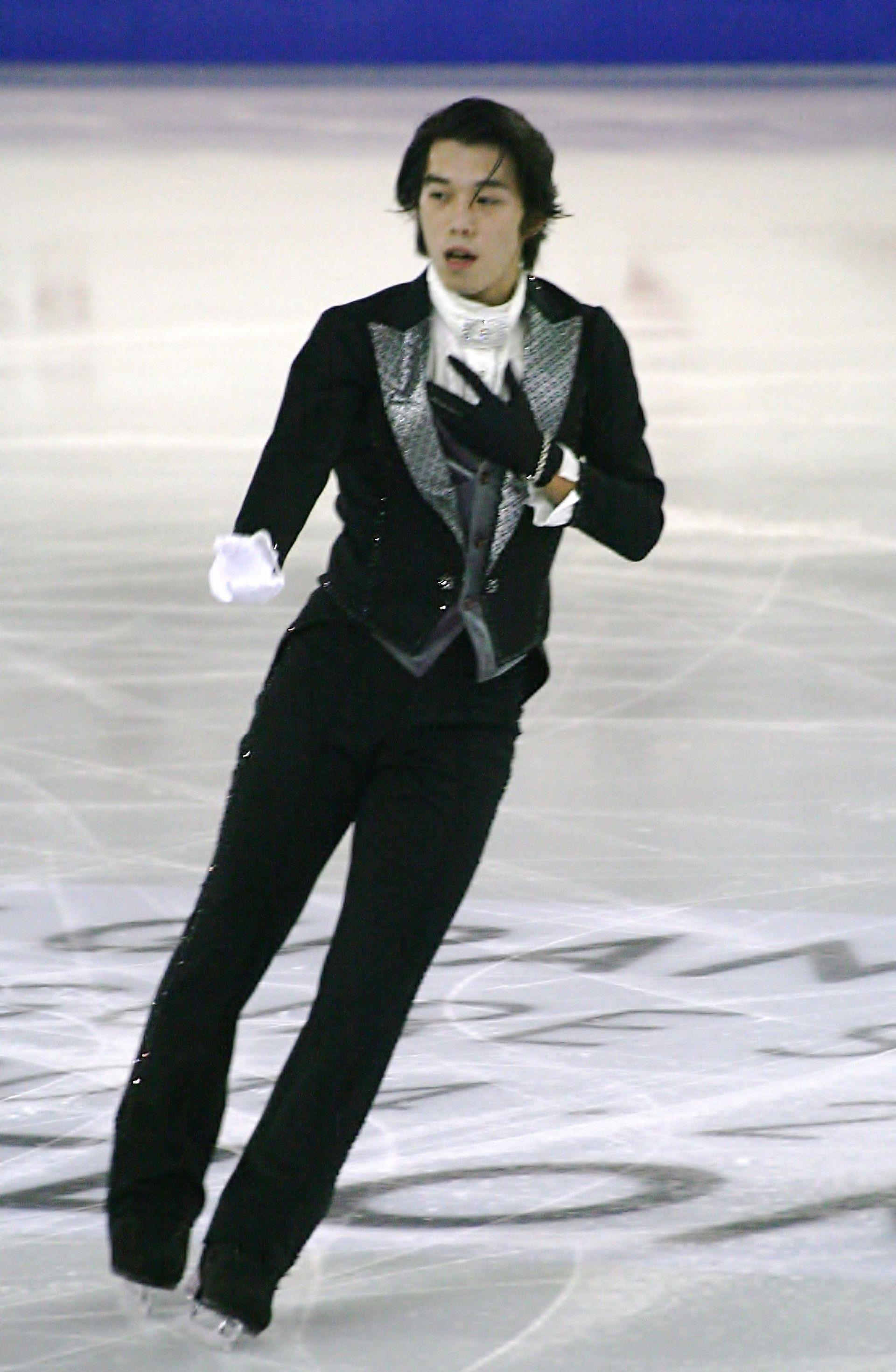 Takahito Mura - Wikipedia