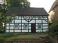 2017-06-18-Düsseldorf-Urdenbach-Angerstr 33-DNR 326.jpg