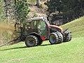 2018-04-07 (205) Mounty Reform 100 V with manure spreader at Haltgraben in Frankenfels.jpg