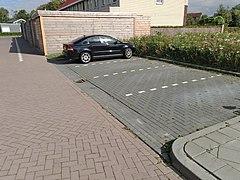 20200925-parking-lined-perpendicular.jpg