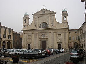 Tortona - Piazza Duomo and on right the palace of Bishop.
