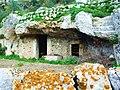 Abitazione rupestre - Sortino Medievale (SR) - panoramio.jpg