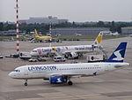 Airbus A320-232 EI-EUA.JPG