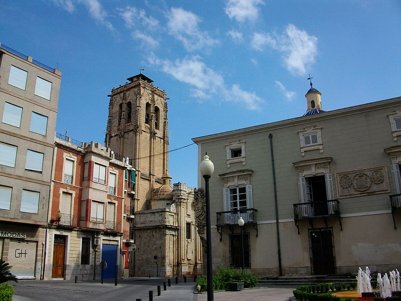 File:Ajuntament i església de les santes Justa i Rufina (Oriola).JPG