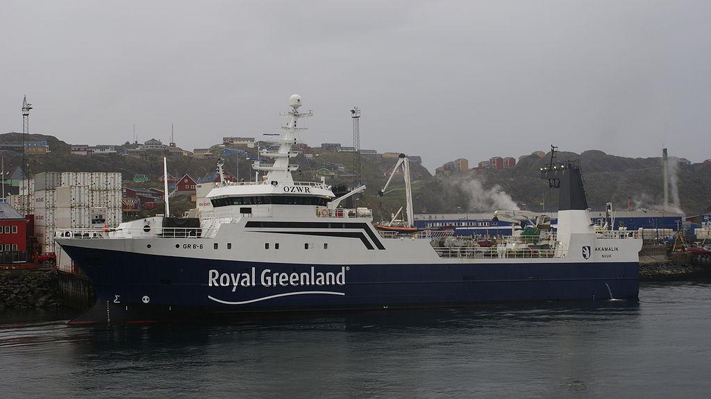 Akamalik-royal-greenland-sisimiut-port.jpg