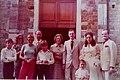 Al centro la Baronessa Marion Barton Muzi Falconi alla sua destra Generale dei carabinieri Vincenzo Oresta testimoni di nozze di Giorgio Gabba e Maria Pia Brogi.jpg