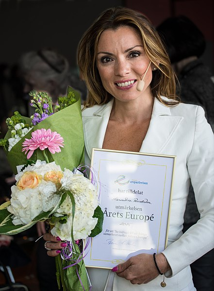 File:Alexandra Pascalidou, Årets Europé i Sverige 2015.jpg