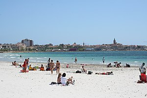 English: Alghero skyline and beach of Lido sar...