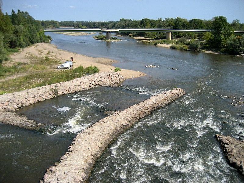 Allier river at Le Bec d'Allier, seen from the Pont-canal du Guétin (Canal latéral à la Loire). Département du Cher, France.