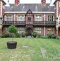 Alms house - panoramio (3).jpg