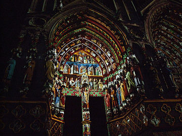 Amiens cathedral Son et lumière 004.JPG