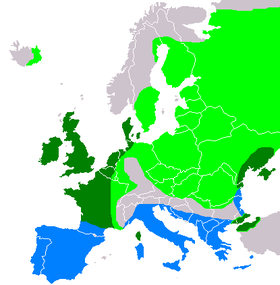 European distribution. Light green: summer only. Blue: winter only. Dark green: all-year.