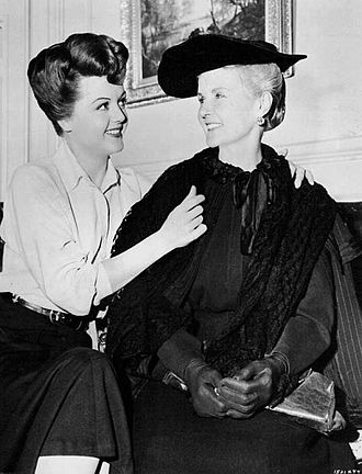 Moyna Macgill - With her daughter Angela Lansbury (1951)