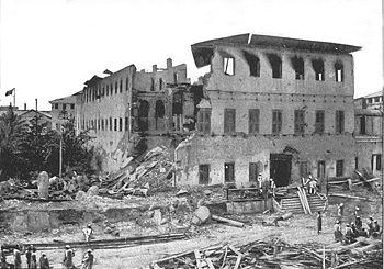 Clădire distrusă după atacul din războiul britanic-zanzibarian