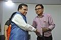 Anil Shrikrishna Manekar Shakes Hands With Arun Krishna Mazumder - NCSM - Kolkata 2018-03-31 9896.JPG