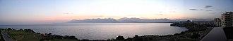 Gulf of Antalya - Image: Antalya Gulf panaromic