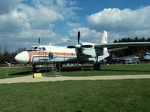 Antonov An-26 52+08 (cn 10706) pic1.JPG